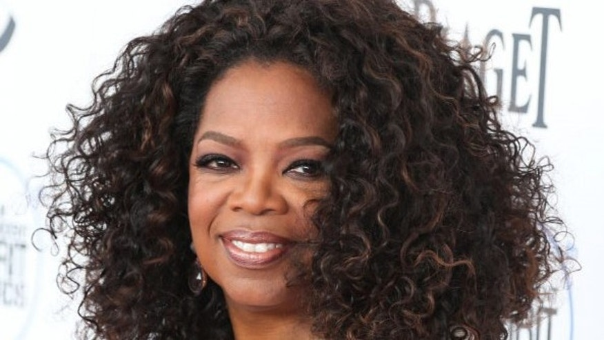 The house will serve as a place for Ms. Winfrey to stay while supervising construction of her new home, said people familiar with the transaction.