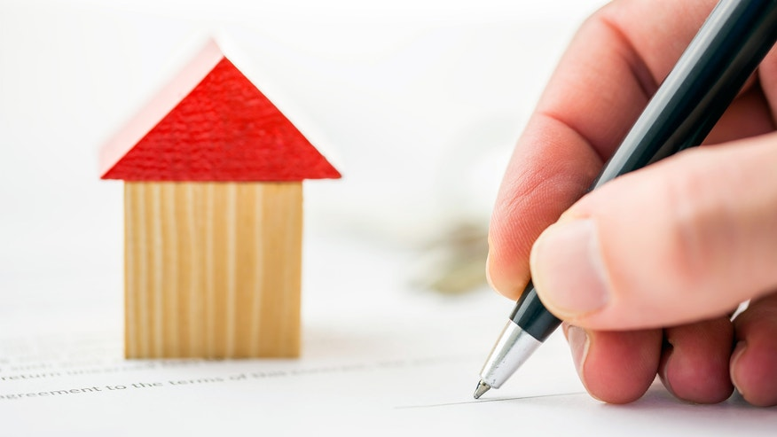 house model, signing documents