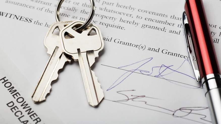 Signatures on new home documents