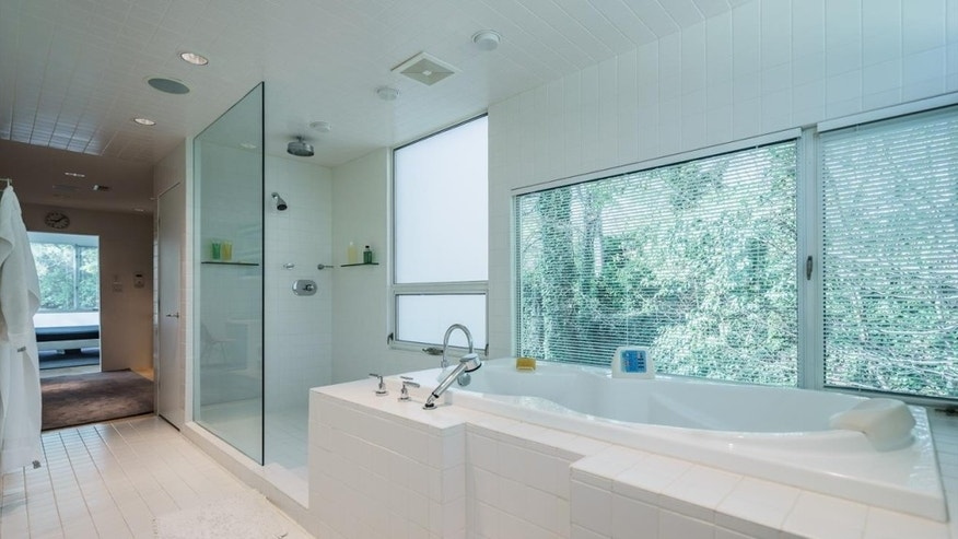 Clean lines of a modern bathroom.