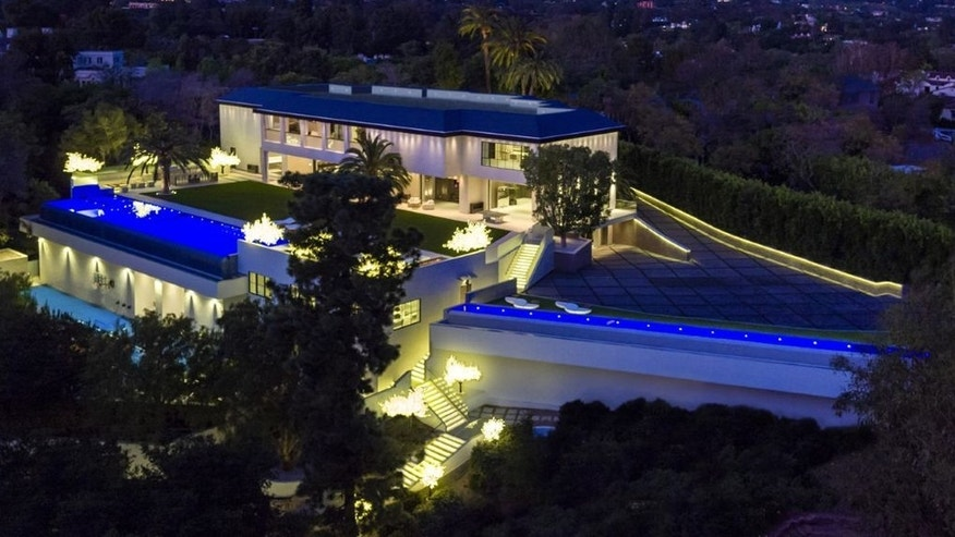 Aerial view of the third most expensive home in the country
