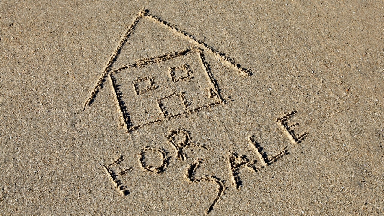 Selling a vacation home plan ahead now or pay the taxman for Travel now pay later vacations
