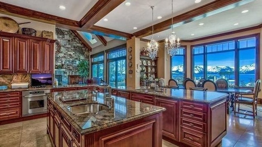 Lake Tahoe kitchen
