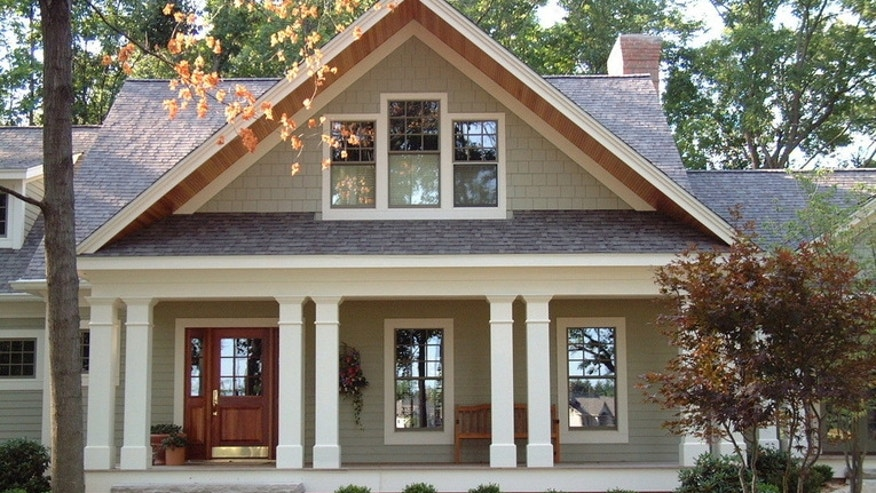 How to increase curb appeal for a craftsman style home for Craftsman style architects