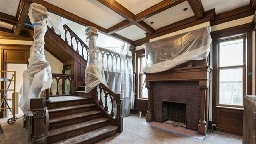 Rehabbed Oscar Mayer Mansion  ing On The Market in addition Oscar Meyer Mansions Price Sliced Evanston besides Rosehill Cemetery Map Graves Where Oscar Mayer Sears John Shedd as well Food Mansions Sale furthermore Mayer 2Coscar. on oscar mayer mansion in illinois