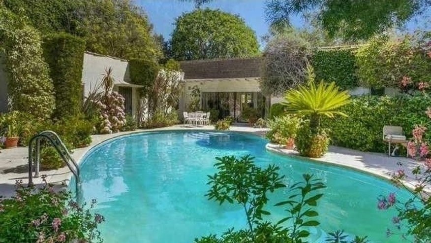 Cement pond in Beverly Hills
