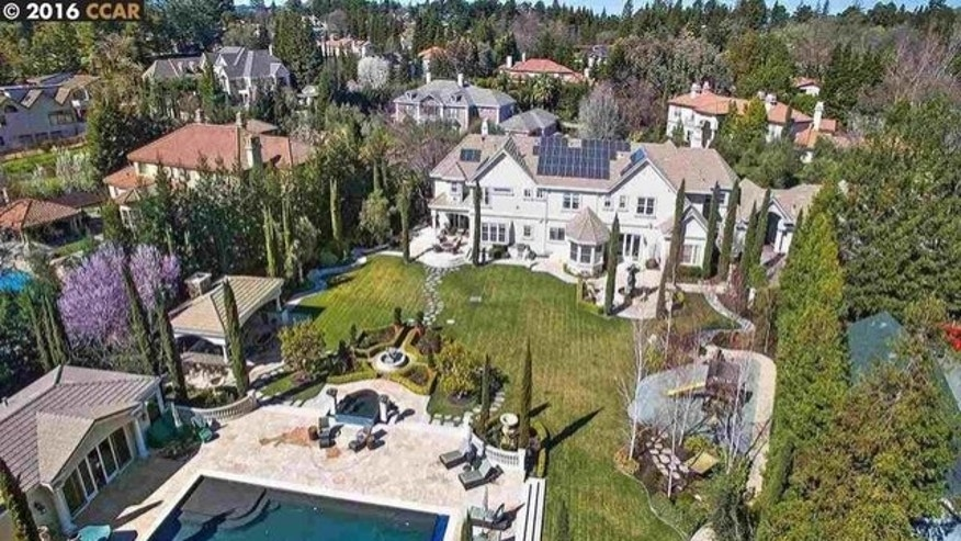 Steph Curry's new home in Alamo, CA