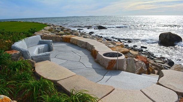 9 Outrageous Fire Pits You Need In Your Backyard Fox News