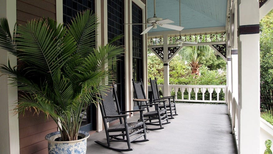 6 Ways To Make Your Front Porch The Best In The