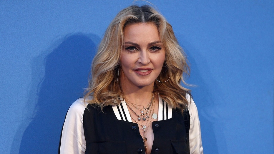 Madonna officially leaves the US for Portugal.
