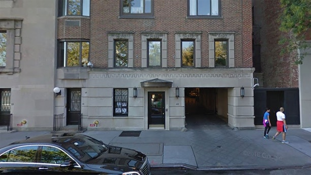 The obamas 39 potential nyc home was site of two high for 1 gracie terrace new york ny