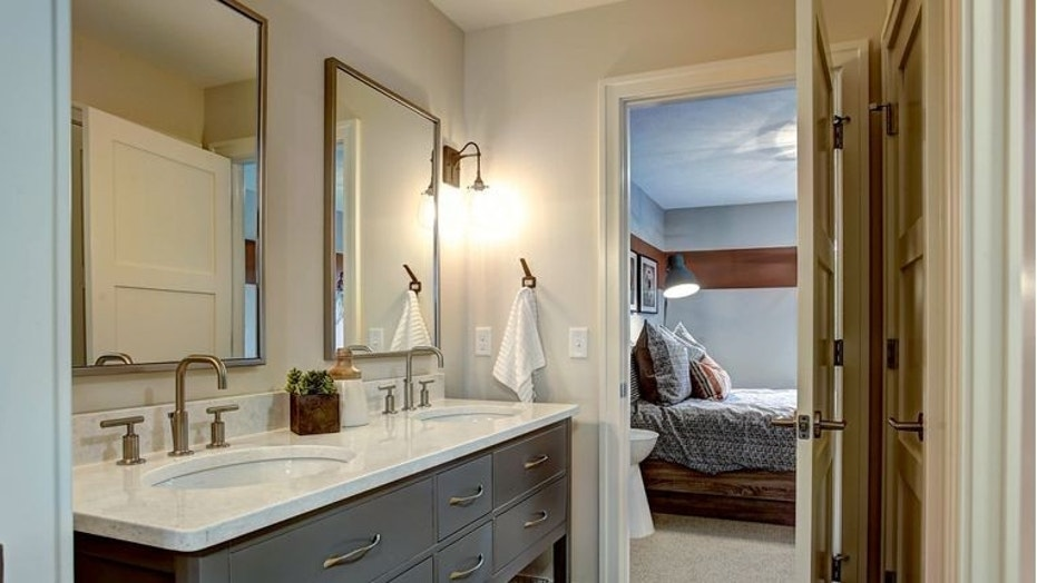 Next Image 1 Of 3 Transitional Bathroom Houzz