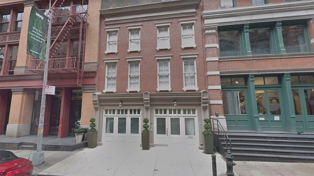 taylor swift 153 franklin street view