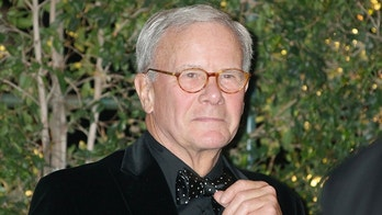 Former NBC Nightly News anchorman and author Tom Brokaw arrives at the Academy of Motion Picture Arts & Sciences 4th annual Governors Awards in Hollywood December 1, 2012.   REUTERS/Fred Prouser  (UNITED STATES - Tags: ENTERTAINMENT) - GM1E8C21KN801