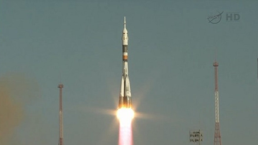 Soyuz spacecraft launches 32 fish, hippo to space station ...