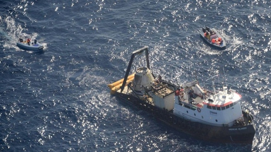 Oct. 28, 2012: An unmanned Dragon freighter that left the International Space Station with a stash of precious medical samples makes a Pacific splashdown to end the first official shipment under a billion-dollar contract with NASA.