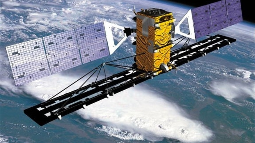 Canada's Radarsat-2, seen here in an artist's illustration, will end its operational lifetime in 2015 before country's replacemen – the  delayed Radarsat satellite constellation flies.