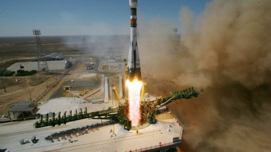 A Russian Soyuz-FG rocket launches 5 satellites from Baikonur launch site on July 22, 2012, at 10:00 Moscow time.