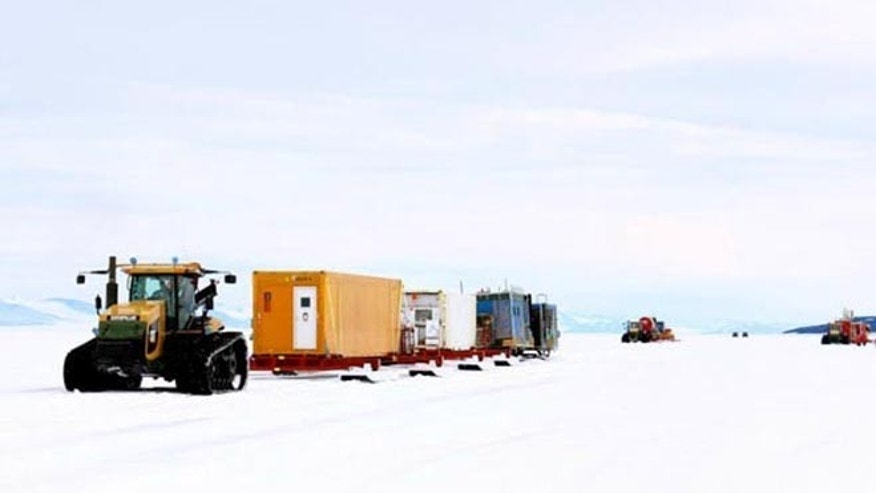 The WISSARD tractor traverse begins its journey to subglacial Lake Whillans.