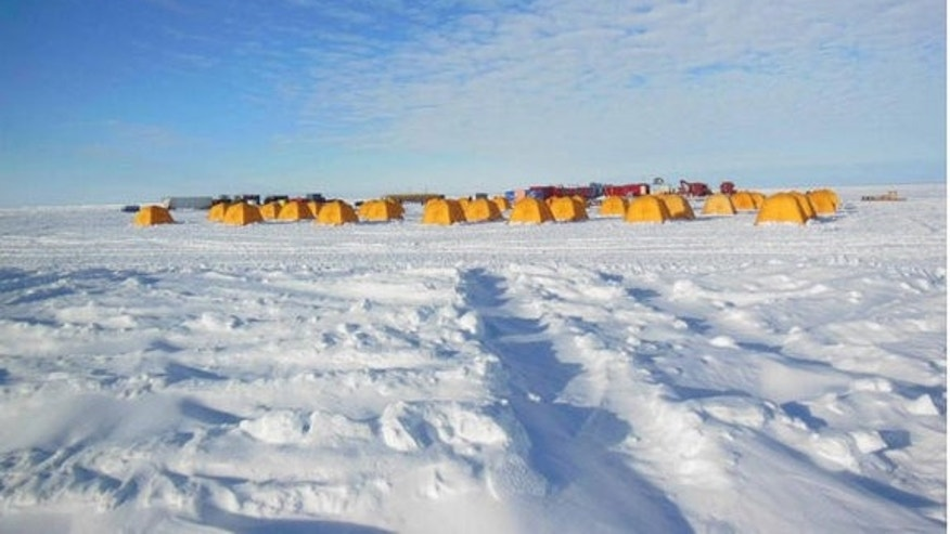 Lake Whillans lies beneath a 66-foot (20-meter) wide ice stream that moves about a meter per day, as opposed to something like a meter per year for the surrounding icecap. Little is known about the possible relation between ice streams on the s