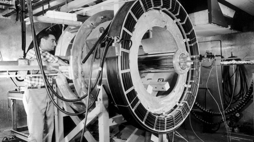 "Lawrence Livermores Controlled Thermonuclear Reactions Program, Project Sherwood, began with the founding of the Laboratory in 1952. Early exploratory experiments led to a focus on the ""magnetic mirror"" concept."