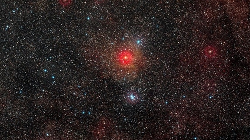 HR 5171, the brightest star just below the centre of this wide-field image, is a yellow hypergiant, a very rare type of stars with only a dozen known in our galaxy. Image released March 12, 2014.