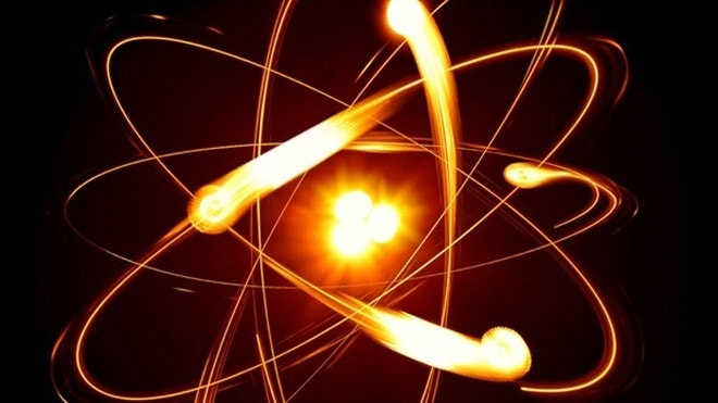 Electrons' split 'personalities' help solve physics mystery