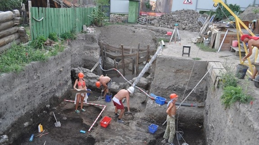 "Archaeologists with the Saratov Regional Museum of Local Lore have uncovered part of the city of Ukek. Built by a khanate (a kingdom) called the ""Golden Horde"" the city flourished between AD 1250 and 1395. Today much of it is covered by modern"