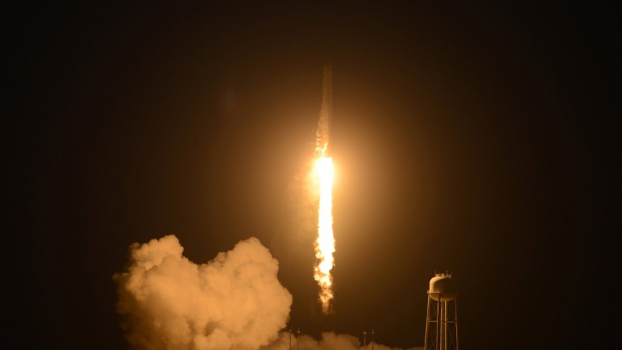 Unmanned Antares rocket lifts off from the Wallops Flight Facility on Tuesday, Oct. 28, 2014 shortly before exploding.
