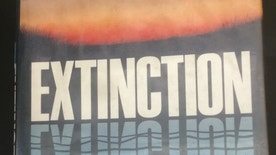 "The cover of Paul Ehrlich ""Extinction"""