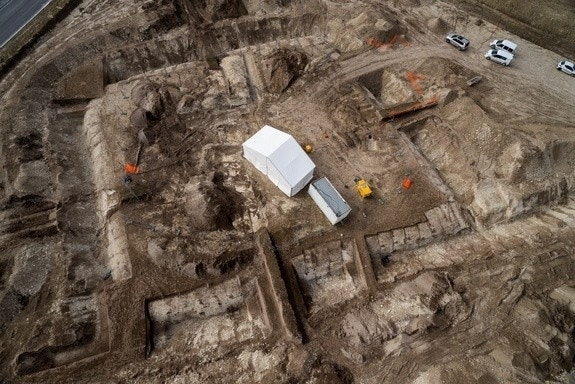 Ancient Celtic Prince's grave and chariot unearthed