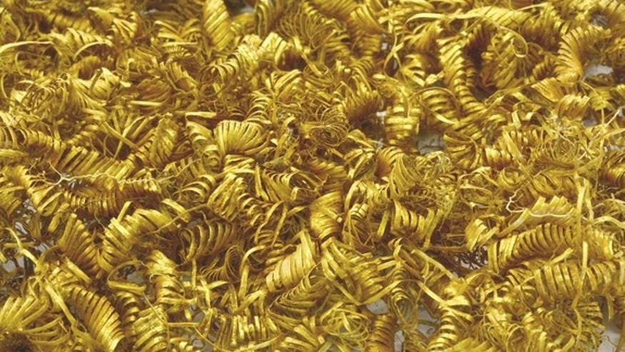 Around 2,000 gold spirals sparkle from Boeslunde.