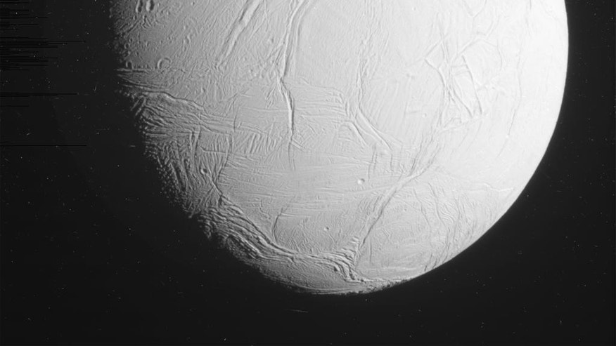 This unprocessed view of Saturn's moon Enceladus was acquired by NASA's Cassini spacecraft during a close flyby of the icy moon on Oct. 28, 2015. (NASA/JPL-Caltech/Space Science Institute)