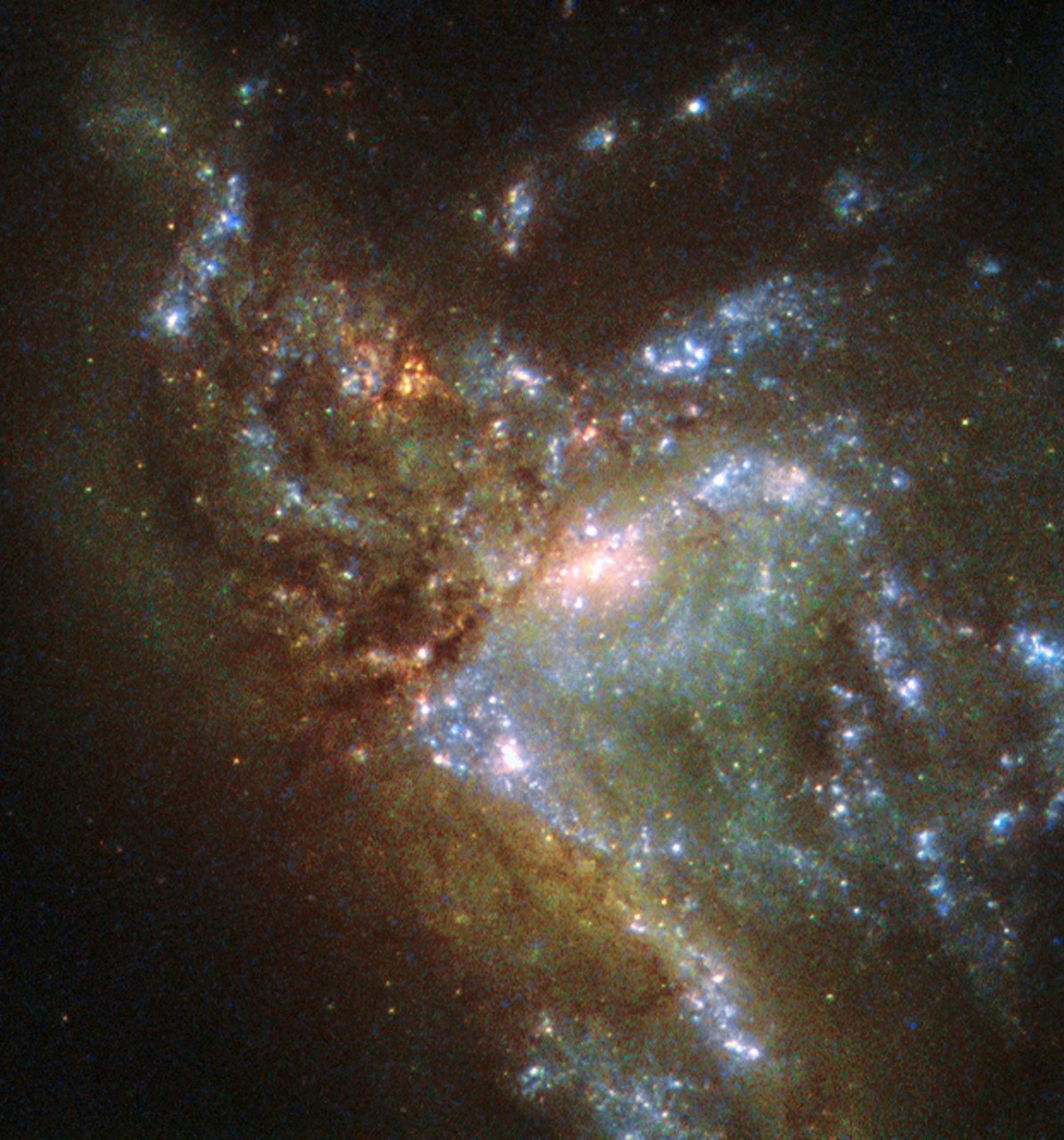 Stunning Hubble image shows two galaxies merging | Fox News