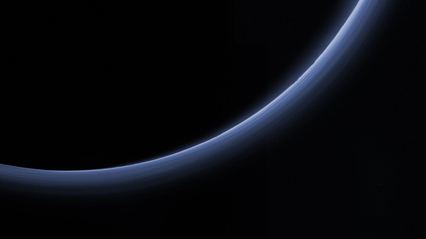 Haze layers in Pluto's atmosphere (Credit: NASA/Johns Hopkins University Applied Physics Laboratory/Southwest Research Institute)