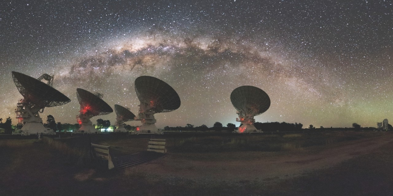 Scientists trace mysterious radio flash to distant galaxy