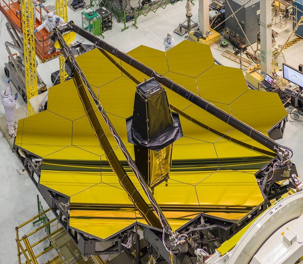 NASA reveals gold-coated space mirror