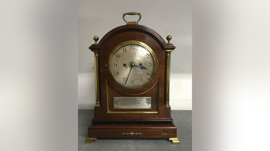 The clock presented to Harry Vardon when he won his fifth British Open title in 1911 (Henry Aldridge & Son).