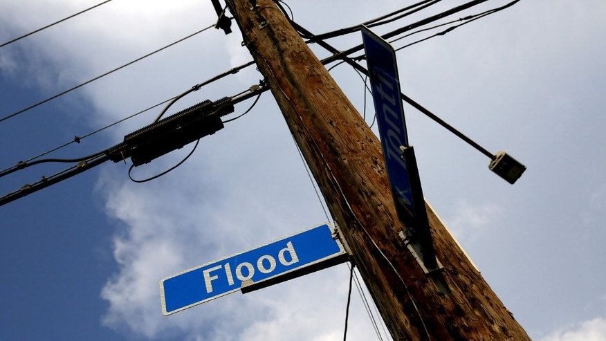 File photo - A street sign is seen in the Lower Ninth Ward neighborhood of New Orleans, Louisiana, July 31, 2015. (REUTERS/Jonathan Bachman)