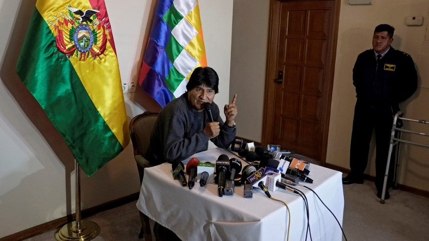 Bolivia's President Evo Morales speaks during a news conference at the presidential residence in La Paz, Bolivia June 14, 2016.