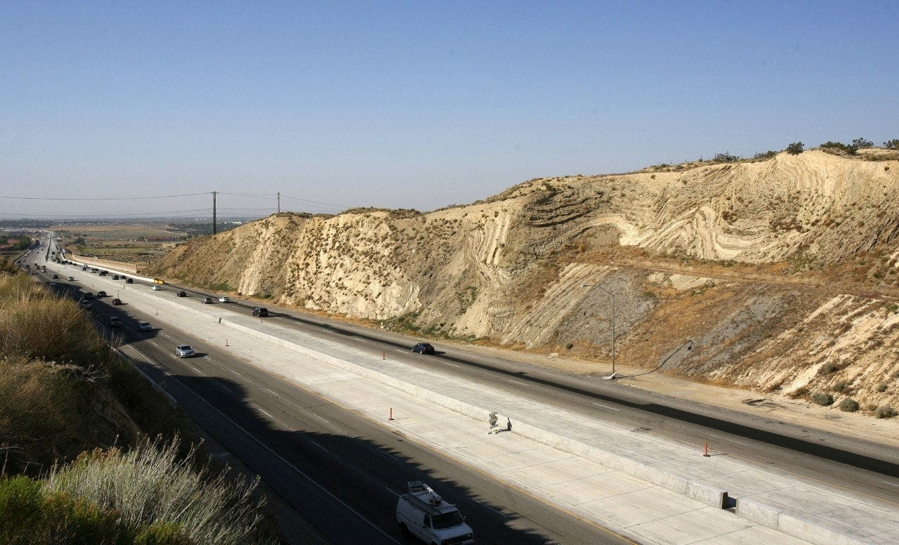 Movement on a vast scale detected near San Andreas fault ...