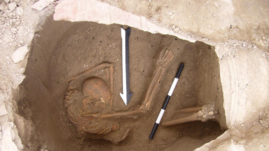 A large jar burial containing the remains of one of the individuals sequenced in the study (Dr. Claude Doumet-Serhal - The Sidon excavation).