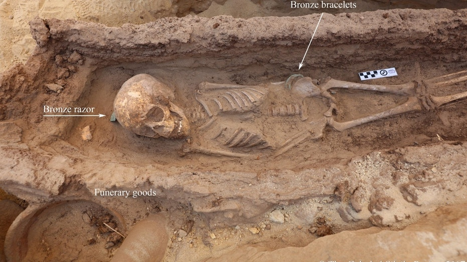 One of the child burials discovered at Gebel el Silsila, dubbed 'ST63' by archaeologists (Copyright: Gebel el Silsila Project)