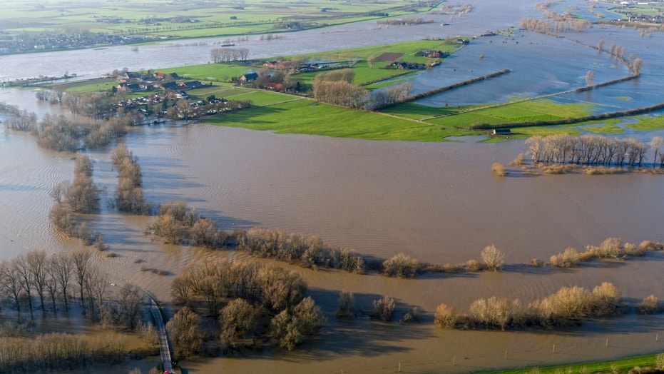 Global Warming Puts Millions At Risk From River Floods Study - Rivers around the world