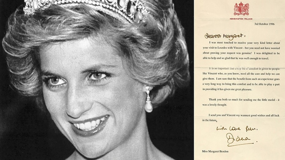 File photo: Princess Diana smiles during a dinner and a reception at the British Embassy in Washington, DC on Nov. 10, 1985 (REUTERS/Chas Cancellare)/One of the letters from Princess Diana that is up for auction in the UK (Henry Aldridge & Son)