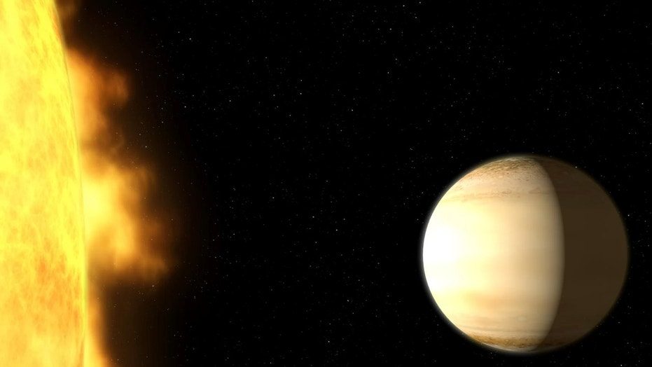 The Saturn-size planet WASP-39b orbits close to its parent star about 700 light-years from Earth. New research reveals a surprising amount of water in its atmosphere. Credit: G. Bacon (STScI)/NASA/ESA