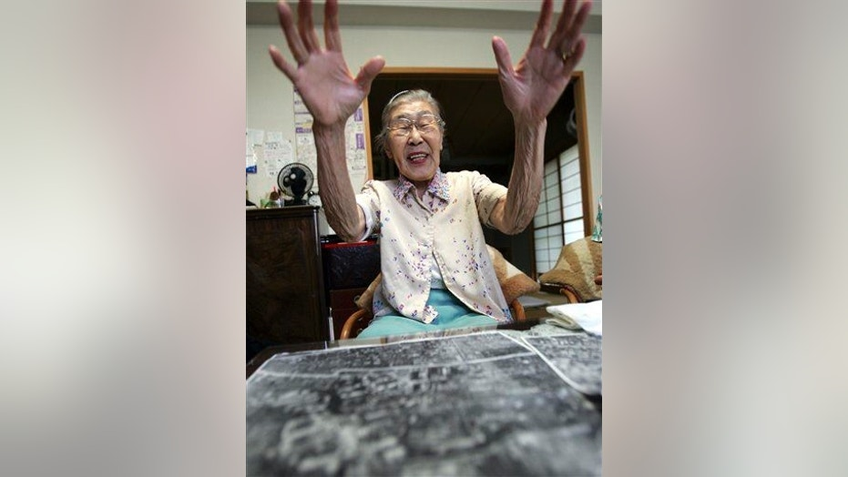 A 2006 file photo of Toyo Ishii, a former military nurse who says she was ordered to bury bodies of Unit 731 victims after Japan's surrender in World War II.