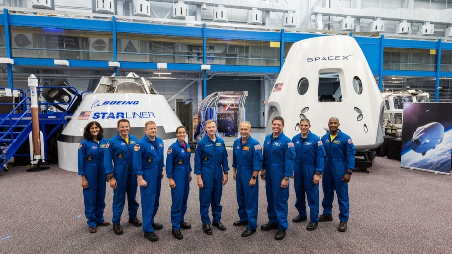 NASA reveals crews for first flights of commercial spaceships