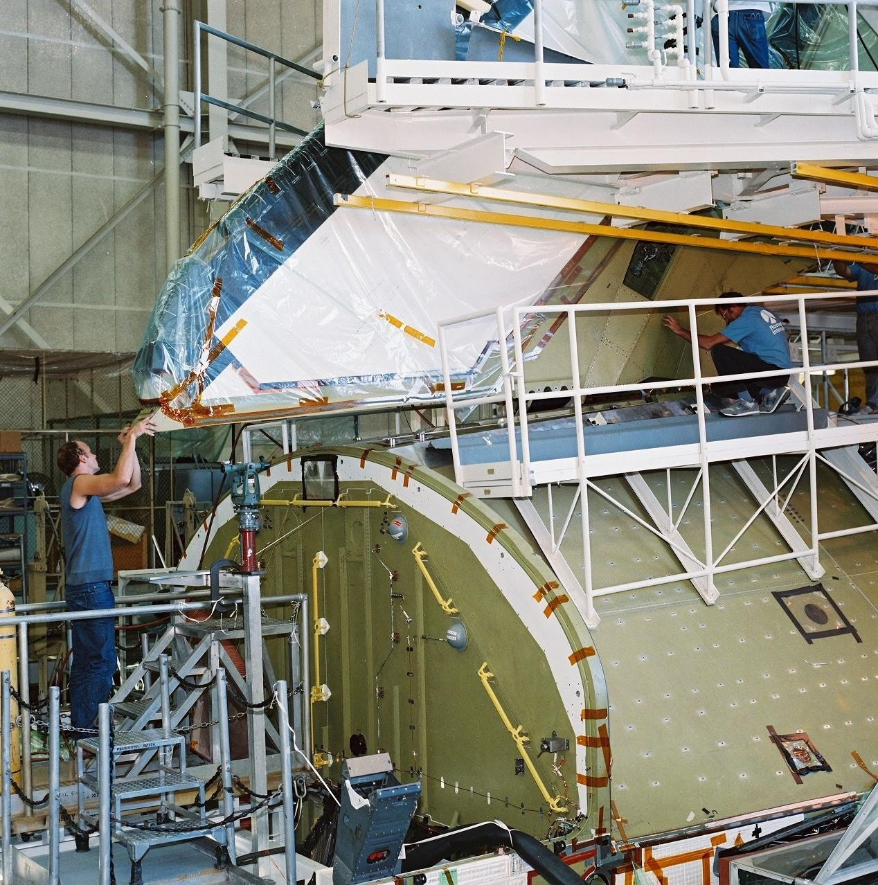 space shuttles were built where - photo #25