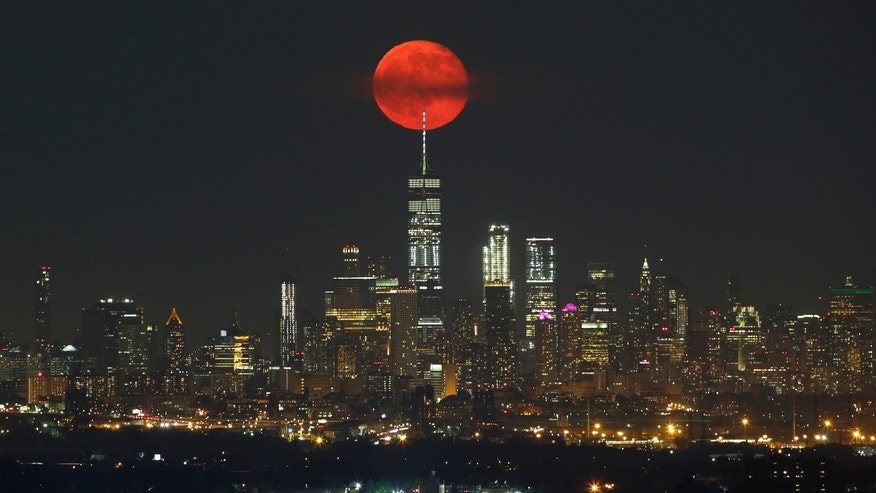 A Weekend with the Strawberry Moon in New York City